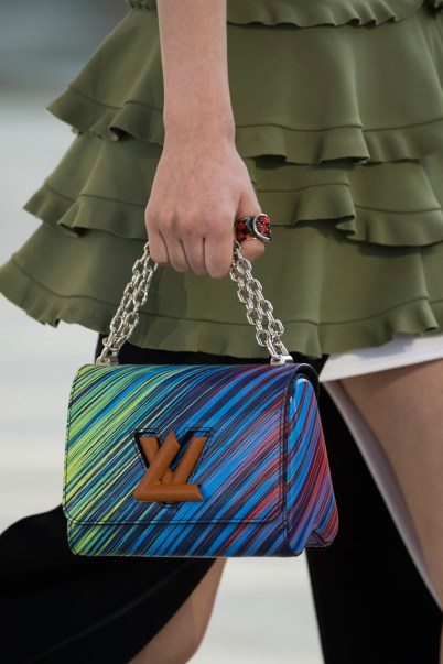 details-LV-Cruise-2017_6